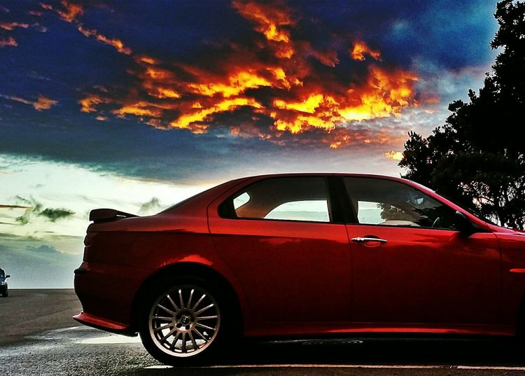 Sky Is On Fire Sunset_collection Alfaromeo Car Sunset Alfa 156 43 Golden Moments