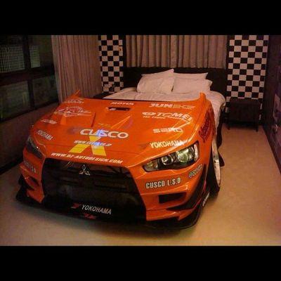 I want my bed like this. Can i? Hehe EvoX Hella  Flush slammed stance stancenation lowered mitsubishi lancer ex