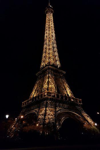 Eifel Tower Eiffeltower Eifell Tower Eifeltour Eifel Bridge Eifeltowerbynight Night Sky Low Angle View No People City Paris❤  Parisienne Paris Streets France Photos Franc