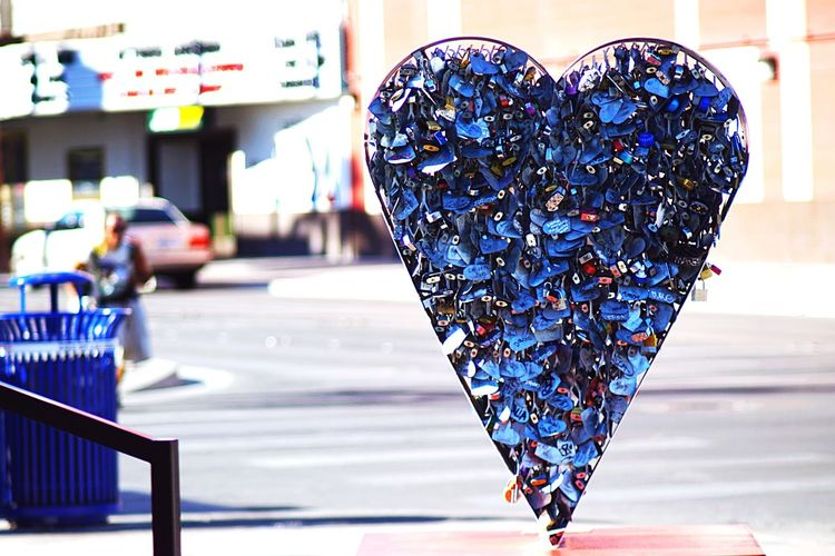 Pixxzo Cityscapes Heart Padlocks Check This Out EyeEm Best Shots Taking Photos Freemont Street Containerpark
