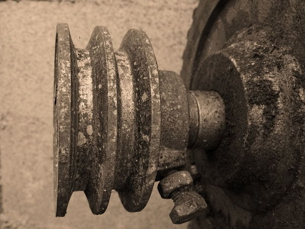 Old vintage Electric source Dynamo Metal Close-up No People Indoors  Old Equipment Vintage Retro Dirty Machine Hardwork Pulley Wheels Dynamo Electricity  Electric Source Heavy Metal Vintage Dirt Industrial Iron - Metal Iron Pulley Power Source Industry Power In Nature For Party