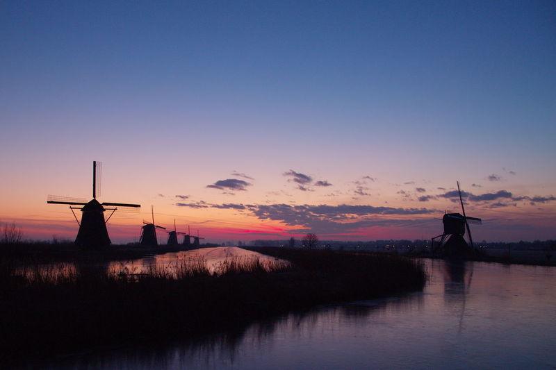 Kinderdijk Landscape_photography Mills Mills Kinderdijk Sunrise Molens Molens Kinderdijk Sunrise Kinderdijk Sunrise_sunsets_aroundworld Winter Wonderland Zonspkomst Kinderdijk