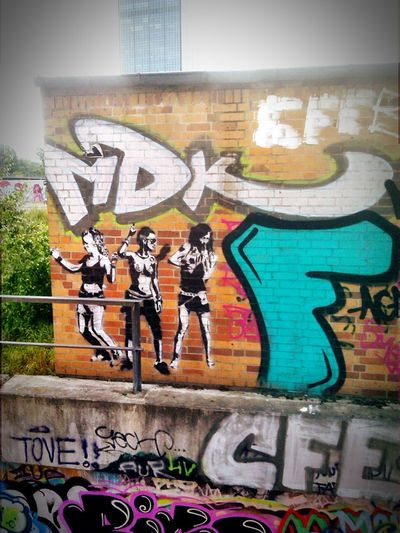 Dance, gesehen am Berliner Osthafen. 5.2016 Hello World Vignette Art Enjoying Life Taking Photos Hanging Out Relaxing Berlin Check This Out Hi!