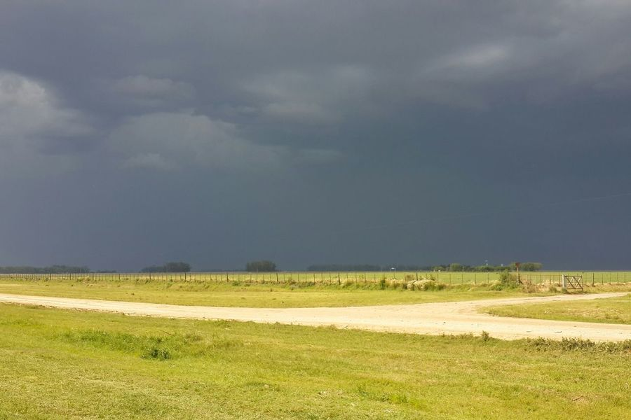 How's The Weather Today? Storm is coming in the pampas Argentina Mobilephotography