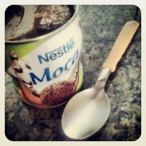 Hummmm! Brigadeiro Instafome Nestle Moca alguém aceita?