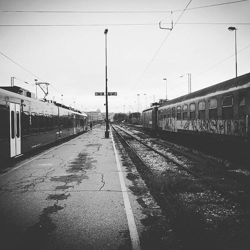 Train Trainstation Newvsold Photo Capture Moment New Now Bw Blackandwhite