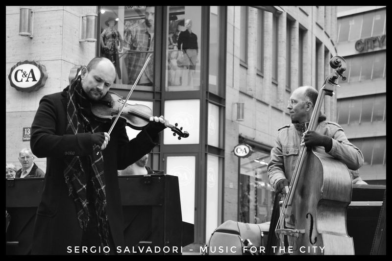 MUSIC ON THE ROAD Music Real People Jazz Music Musician Musical Instrument Streetphotography Viaggintornoalmondo Fotografia Blackandwhite Photography Travel Destinations Outdoors Viaggio Photography Goodvibes Ontheroad