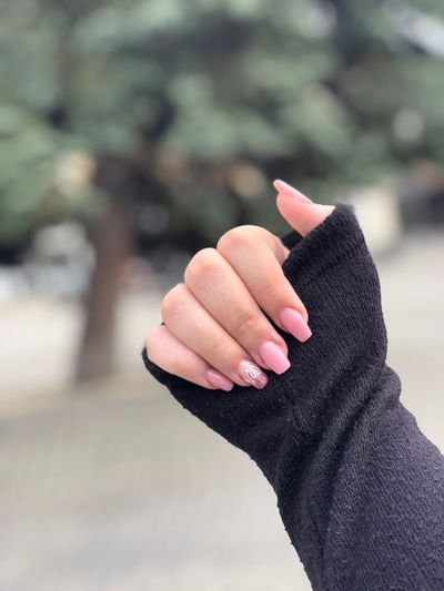 nails insta nails Nailart  Pinterestnails Instanails Nails EyeEm Selects Human Hand Hand Human Body Part One Person Real People Focus On Foreground Close-up Nature Holding Body Part Sunlight Unrecognizable Person Day Human Finger Lifestyles Showing Finger Outdoors Gesturing Human Limb
