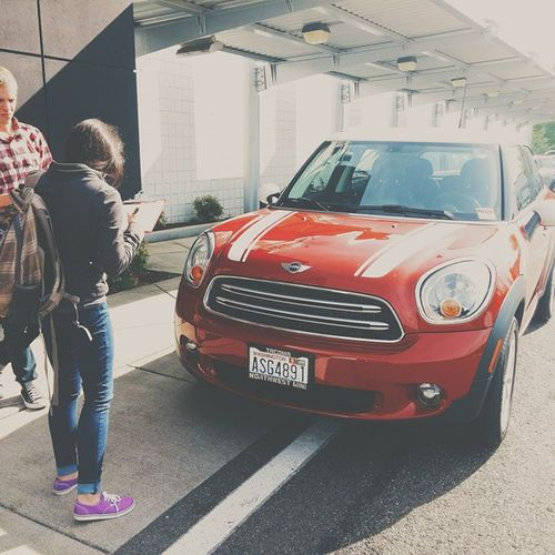 Sign here and here... Our new hardtop @mini cooper is sick for the weekend with some transmission malfunction with less than 5k miles. We got this loaner for the weekend so I can't complain. Get well soo Minito Vscocam Minitheneworiginal Countryman red lg g3 vscogood seattle nwmini