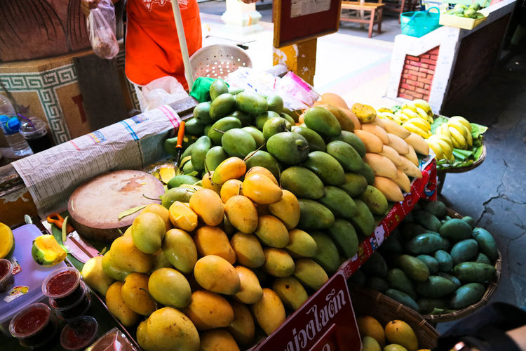 Abundance Apple - Fruit Banana Choice Day Farmer Market Food Food And Drink For Sale Freshness Fruit Grape Healthy Eating Large Group Of Objects Mango Market Market Stall No People Outdoors Pitaya Price Tag Retail  Variation Vegetable