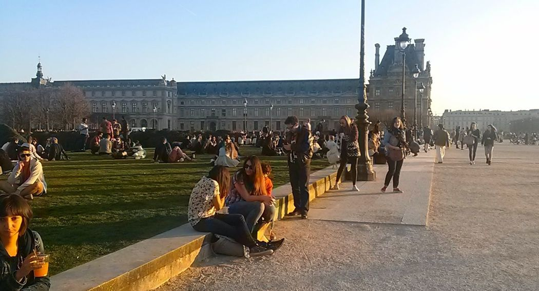 Lovre Paris France Large Group Of People Garden Gardens Grass Streetphotography Street Photography Street Day Sun Miles Away