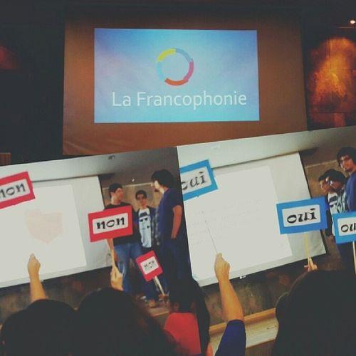 Aujourd'hui, nous célébrons à l'université la journée de la Francophonie ??✨ Oui Non French culture activités francophones école emploi uabcs