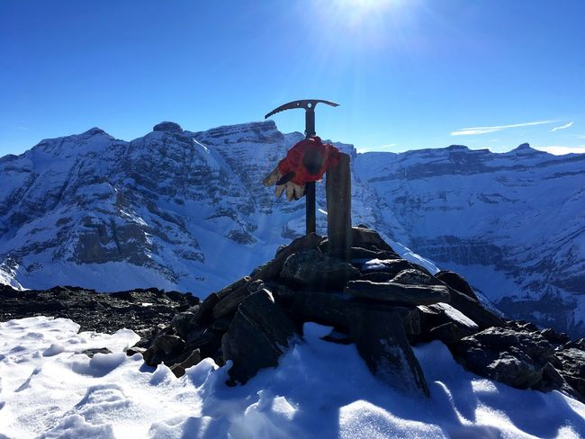 Snow Moutaineering Winter Mountain Sunlight Tranquility Sky Sun No People Mountain Peak Alone 2800m Pyrenees
