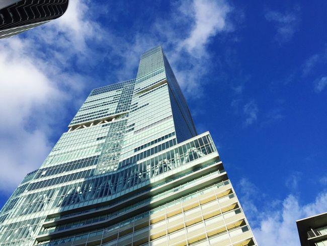 Today's sky Sky Building