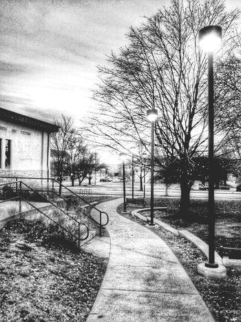 Sidewalk behind the Atchison Public Library . Hanging Out Thingsoneseesondailyrun Kansasnature Kansasphotographer Trb_bnw World_bnw Wow_america Kansas Atchison Wow_america_landscape