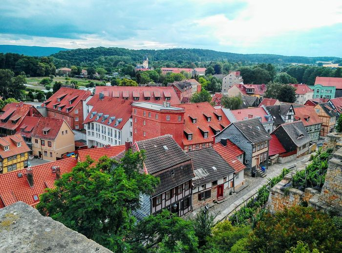 Quedlinburg im Harz Tree High Angle View Sky Architecture Cloud - Sky Housing Settlement TOWNSCAPE Old Town Bell Tower Roof Tile Townhouse