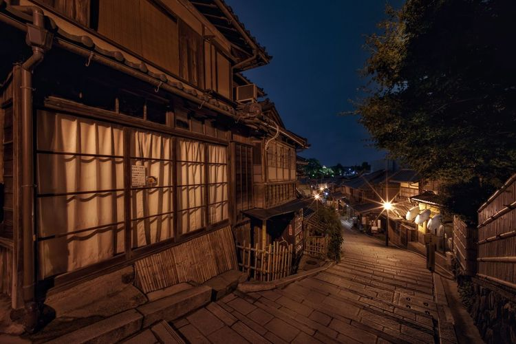 Japan Kyoto, Japan Nightphotography Architecture Building Building Exterior Built Structure City Dusk Gion, Kyoto Illuminated Kyoto Lighting Equipment Long Exposure Nature Night No People No People Outdoors Outdoors Sky Street Streetphotography