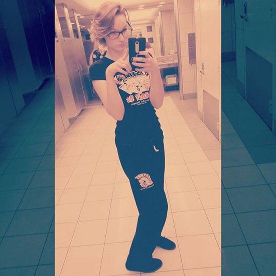 I might not look too cute, but I felt cute coming home. Selfie Mirrorselfie Bathroomselfie Cutie Cute Homebound Airport
