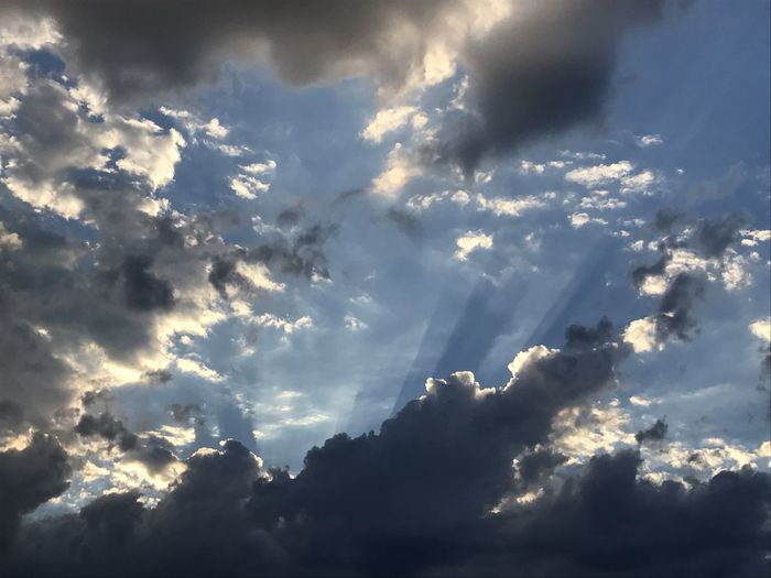 Sun vs clouds Beautiful Beautiful Day Beautiful Sky Beautifulsky Cloud Cloud - Sky Cloud And Sky Clouds Clouds And Sky Cloudscape Day Daylight No People Outdoors Sky Storm Cloud Storm Clouds Stormy Sky Sun Sun Light Sunbeam Sunlight Sunthroughclouds Sunvsclouds