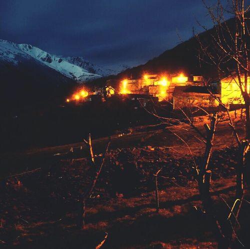 Night Nocturnal Leon Noche Nit Nocturna Valle De Fornela Trascastro Fotografía Nocturna