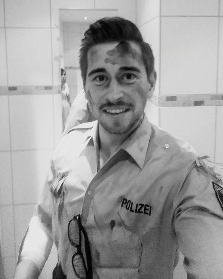Zombie Helloween Selfie✌ Movember Makeup Selfies Today's Hot Look