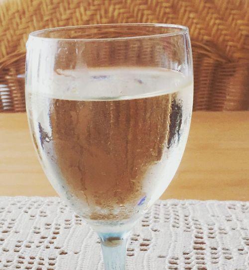 Wine Wine Tasting Wein Weinglas Glass Glas Wein Check This Out Hanging Out Hello World Cheese! Relaxing Hi! Taking Photos EyeEm EyeEmBestPics Drinking A Glas Of Wine Ein Glas Wein Kühler Wein