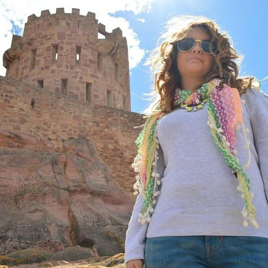 Castle Fashion Trip Travel Casual Neon Fluo  Outfit