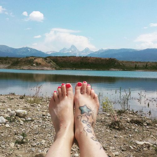 "The beautiful @randi_lynn_m nominated me to do a ""what I'm doing now"" post... And this is it! Hanging with my kiddos & lis at the gravel pit, cooling off and having some fun! This is how we do summers in Idaho! Widn Tetonvalley Tetons Gravelpit Redneckpool Swimming Summerfun Lovemytattoo Pinktoes"
