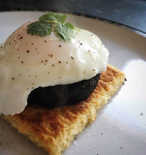 Breakfast...yum 😋 Breakfast Time! Food Photography Food Blogger Foodblogday Food Porn Poached Egg Black Pudding Tattie Scones