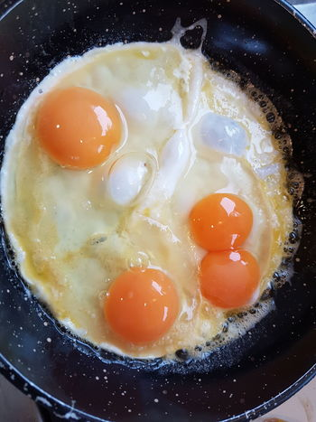 A double-yoke egg. :-) Egg Eggs Breakfast Food 2016 04 17 Double Yolk
