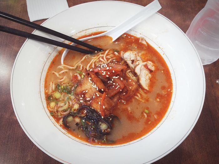 Hmmmm,, forget the diet just yet, it's time to eat ramen noodles 😊😉🍝🍝🍷😡 Food Foodphotography Ramen Noodle Delicious Nyummy Eyemfood Eyem Gallery Taking Photos