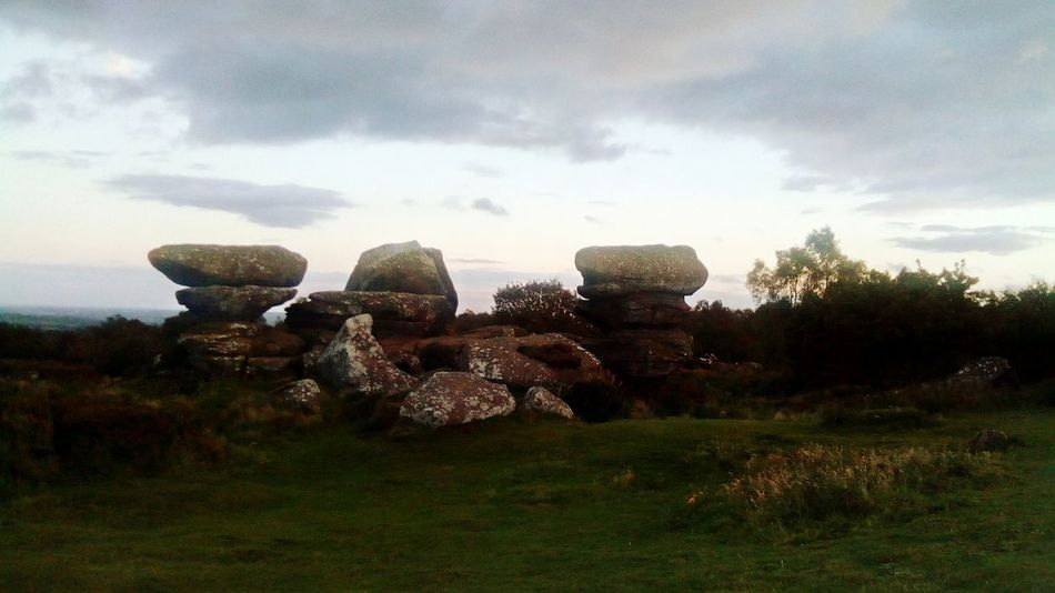Tourism Nidderdale Rock - Object Rock Formation Hiking North Yorkshire National Trust 🇬🇧 Brimhamrocks Brimham Rocks Yorkshire Outstanding Natural Beauty Brimham Rocks Outdoor Pursuit Travel Destinations Brimham Moor The Week On EyeEm Cloud - Sky Grass Outdoors No People Day Nature Astronomy