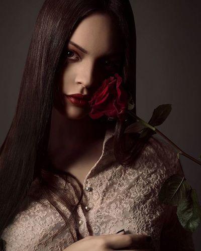 Rose. Rosé Portrait @hasselblad_official asselblad Antonioalloccaphotographer Postproduction Makeup @adelaide90 @moon69__