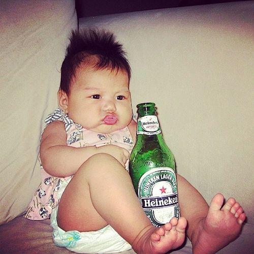 Throwbackalohafriday when I tolerated Heineken