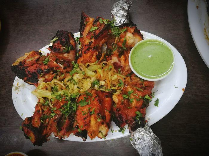 chicken tandoori Chicken Tandoori Chicken Meat TandooriChicken Foodie Chicken Leg Chicken Tandoori Food Foodie Foodie Heaven Table Vegetable Close-up