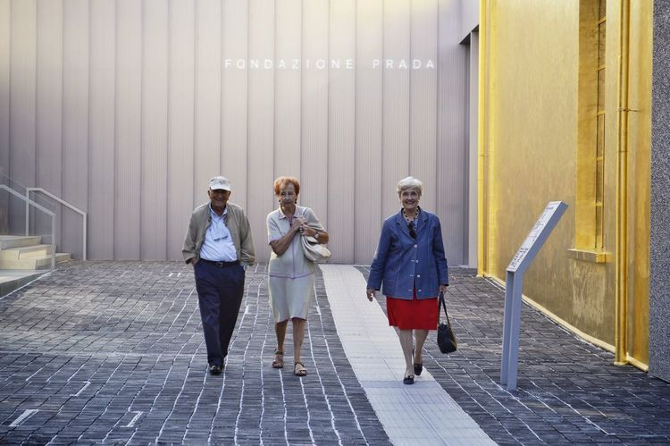 Visiting Museum Visitors RePicture Ageing Cultures Gold Colored Architecture_collection Visititaly Gold Streetphotography This Is Aging Young Women City Teamwork Full Length Business Togetherness Business Finance And Industry Corporate Business Businesswoman Colleague This Is Family