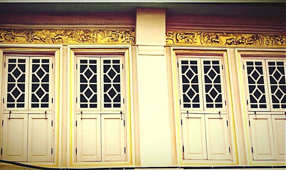 Architech, Old town, Sino protugese, China town, Phuket, Thailand, Human Meets Technology First Eyeem Photo Thailand Phuket,Thailand Phuket Architecture Architecture_collection Oldtown Phuket Town Phuket Old Town Windows Old Windows Sino House