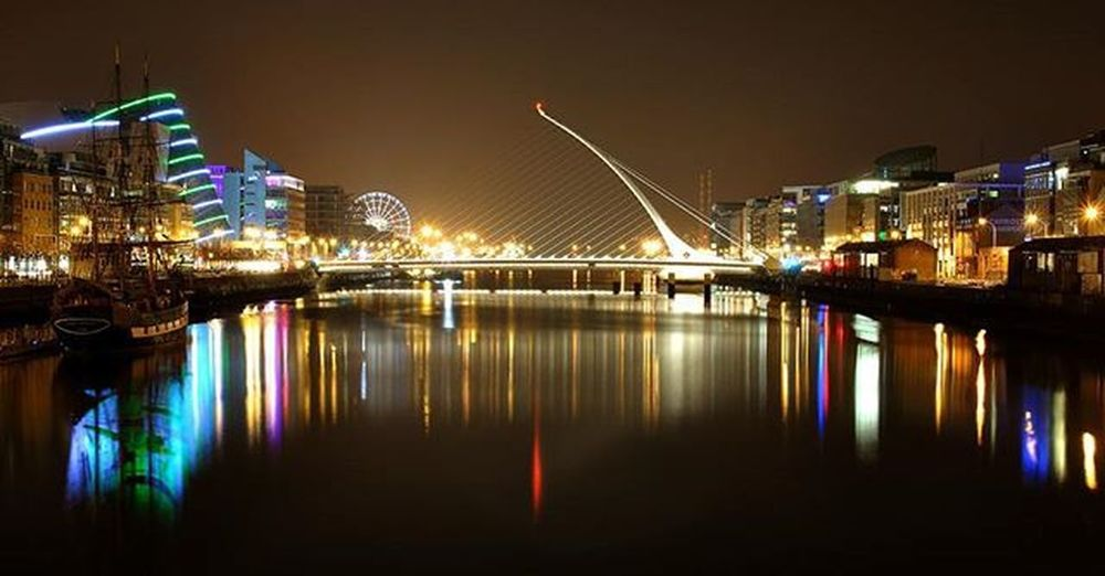 Dublin at night | Ireland Ireland Dublin Travel Lovedublin RiverLiffey