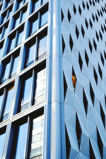 Facade Day Outdoor Photography Architectural Column Architecture Photography Facade Building Facade Detail Facade Colours Façade Architecturale Facade Design Modern Backgrounds Full Frame Window Pattern Architecture Close-up Built Structure Building Exterior Triangle Shape Geometric Shape Square Shape Office Building High Rise Financial District  Tall - High Building Architectural Detail
