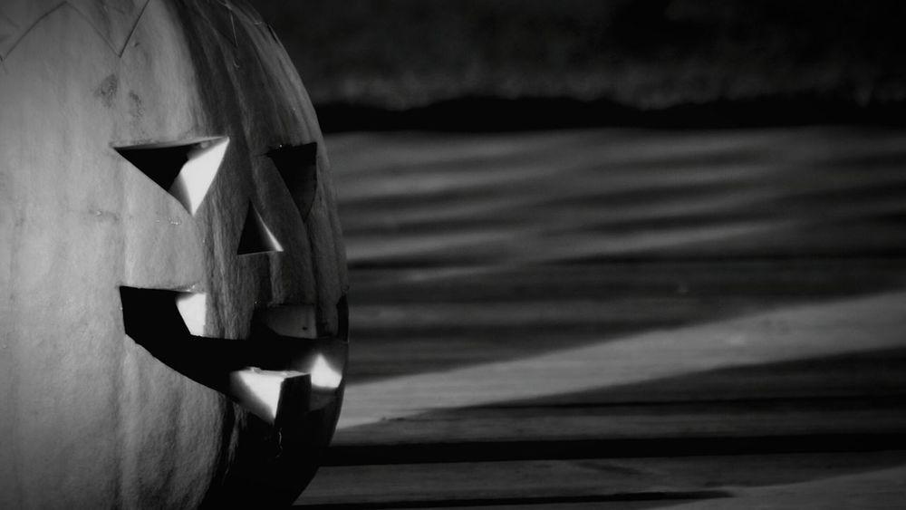 Halloween Pumpkin Spooky Anthropomorphic Face Jack O' Lantern 2016 Oktober Niklas Huddinge Sweden Showcase October Handmade For You Lieblingsteil BYOPaper! The Week On EyeEm Mix Yourself A Good Time Black And White Friday One Step Forward