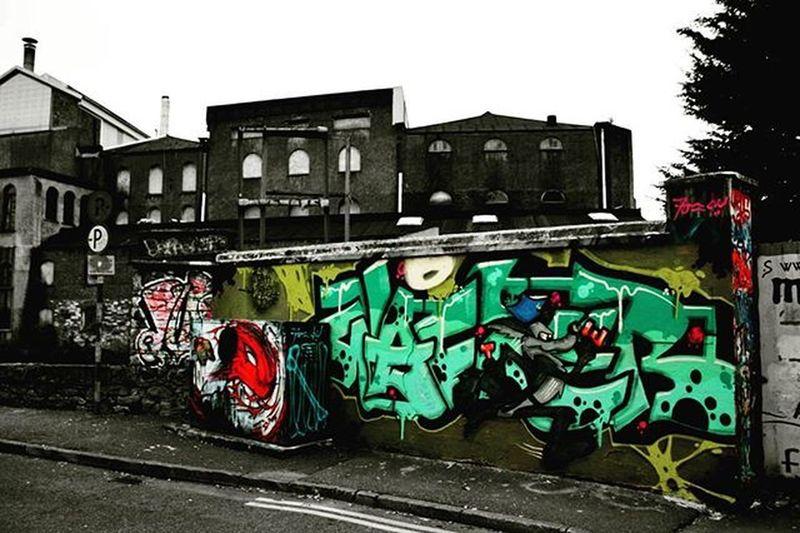 And so i begin my street art collection with this guy.Crosses Green street art ,Cork,Ireland Cork Corkcity Itscorklike Hellocork_ Corktown Graphic Graphics Graffiti Bnw_splash Splashmood Passion_for_splashing Splash_oftheworld Bnw_just Blackandwhite Blackandwhitephotography Bnw Bnw_life Bnw_captures Bnw_society