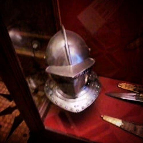 France.1558 экспонаты в рыцарском зале