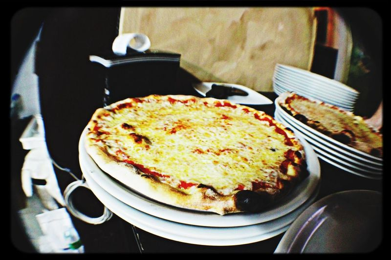 Pizza Margherita Fish Eye Live To Eat Shamrock Irish Pub
