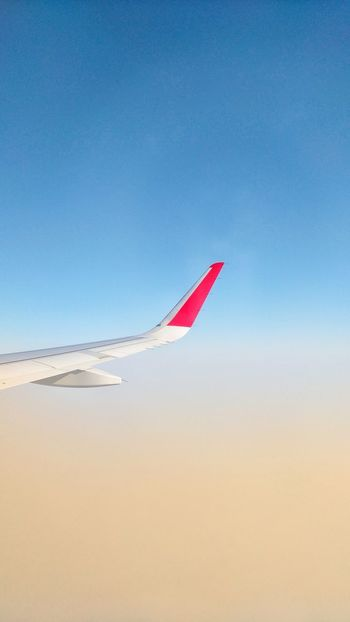 Wings Airplane Aircraft Wing AirPlane ✈ Simple Photography Lines Simple Composition Sky Flying Red Blue Nature No People Airplane