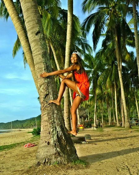 Enjoying Life Tree And Sky Hanging Out Dayoff Chilling Relaxing PicturePerfect Beutiful Place  Summertime Life Is A Beach