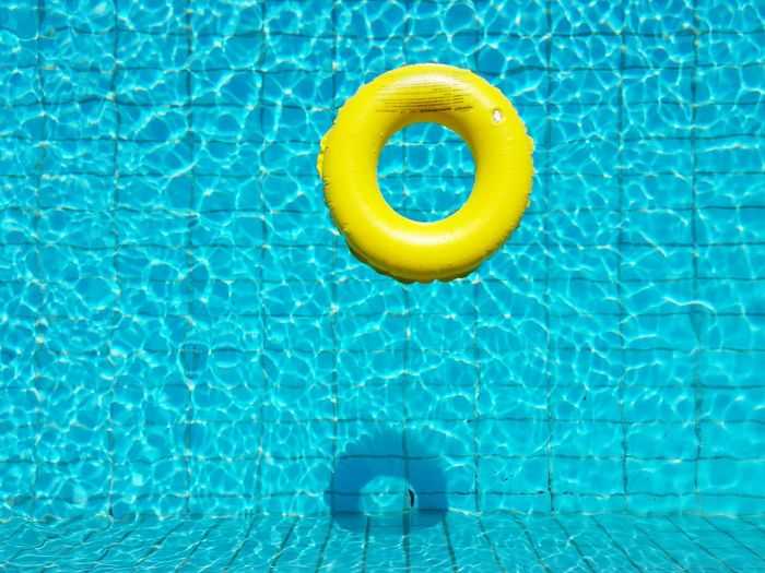 Summer feeling. Hanging Out Relaxing Warm Summer Water Sun Hot Day Summer Feeling Chilling Holiday Vacation Relaxing Fun Pool Pool Time Fresh Heat Heat - Temperature Minimal The Color Of Sport TakeoverContrast Market Bestsellers 2017 Sommergefühle