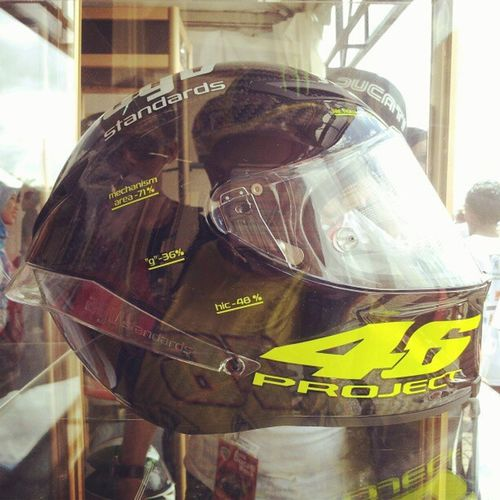 come to Papa :-), see u end of the year or early 2013.... Agv Pistagp Fullcarbon VR46 vr46project