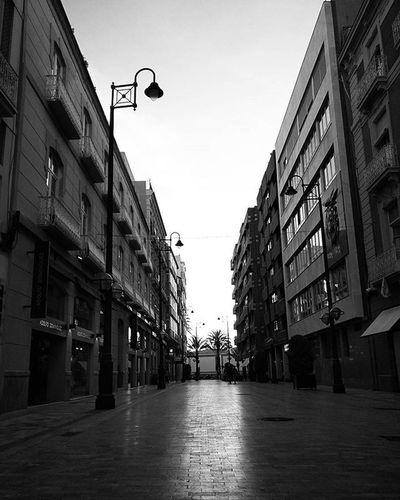 street funnel Streetphotography Blackandwhitephotography Monochrome Bnw Bw_maniac Bwmania Murcia SPAIN Mono