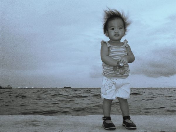 Sea behind her :) Brave Baby - ILoveYou.♡