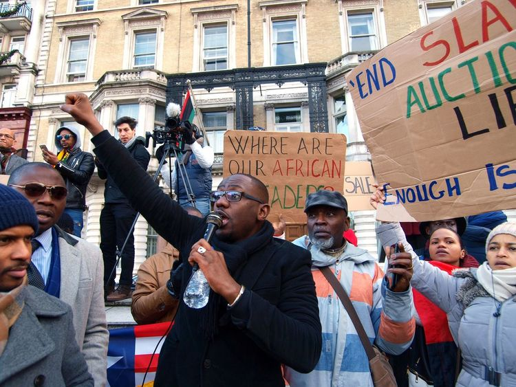 No Borders! No Slavery! Protest demanding an end to auctioning of black Africans in Libya. Following reports of people auctions in Libya. Libyan Embassy. London. UK. 26/11/2017 No Borders! No Slavery! Olympus Slavery Still Exists Black Lives Matter Photojournalism London News People Auctions Steve Merrick Stevesevilempire Slavery London Protesters LONDON❤ Libya Protest Zuiko